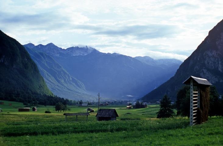mountain-3374697_1920