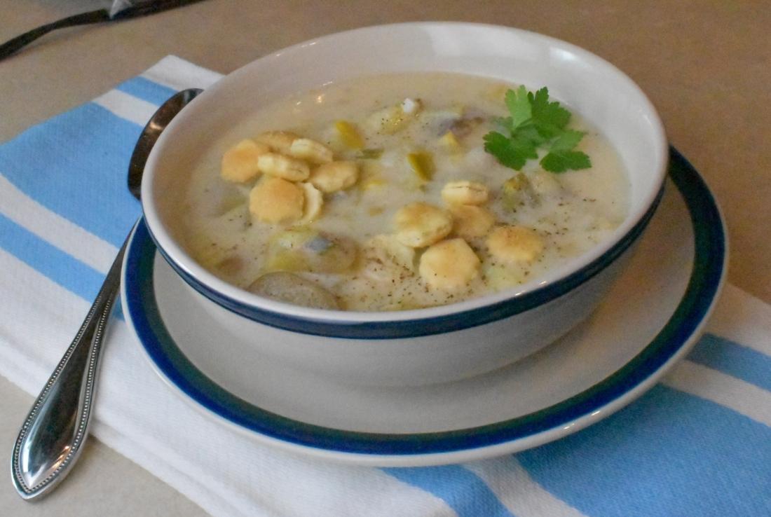 Creamy leek and potato chowder